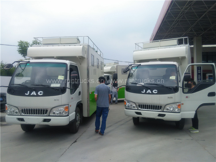 Dongfeng Multifunzione Mobile Truck alimentare