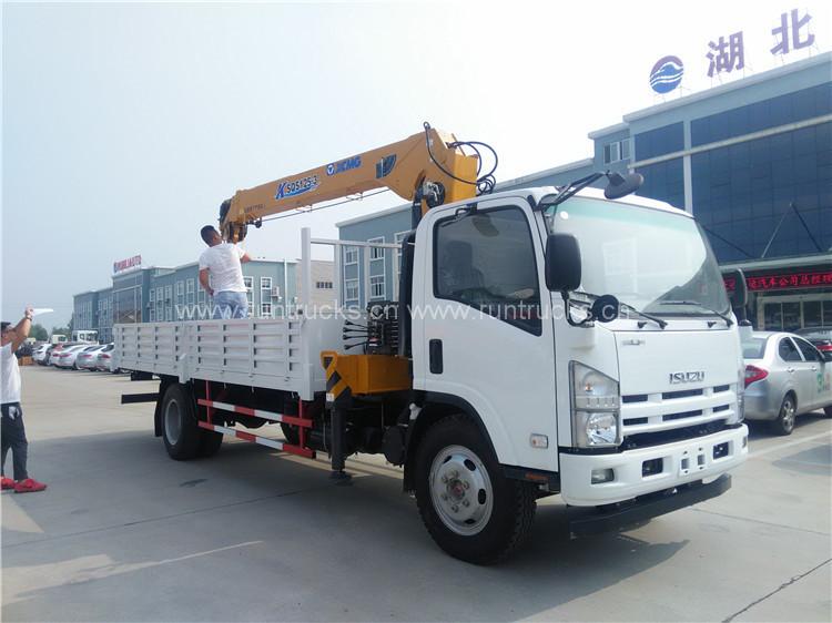 중국 Isuzu 700P 트럭 섀시 xcmg 5 톤 SQS 125 cra