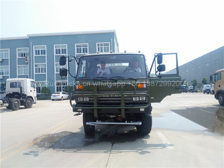 Dongfeng all wheel drive 6x6 camion à eau pour usage militai