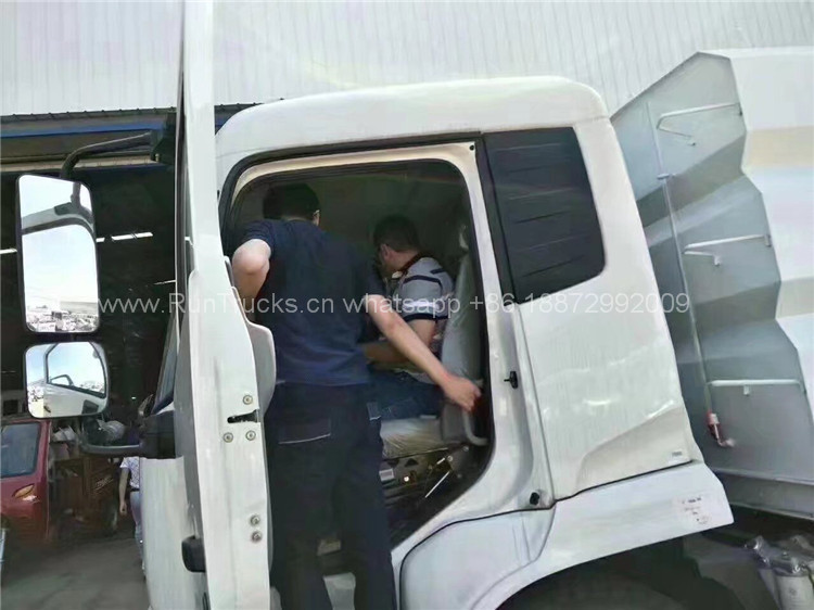Visitante del cliente - camión de la calle / de la barredora