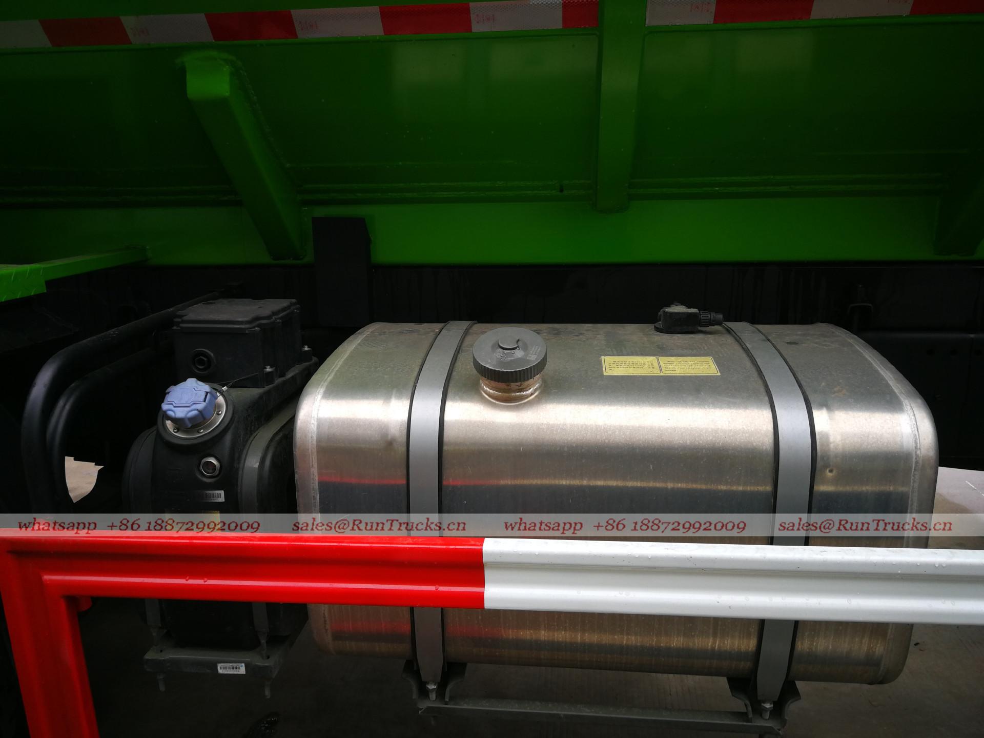 China SinoTruk Schwerlast 4 Achsen 20cbm Schlamm Saug-und Tr
