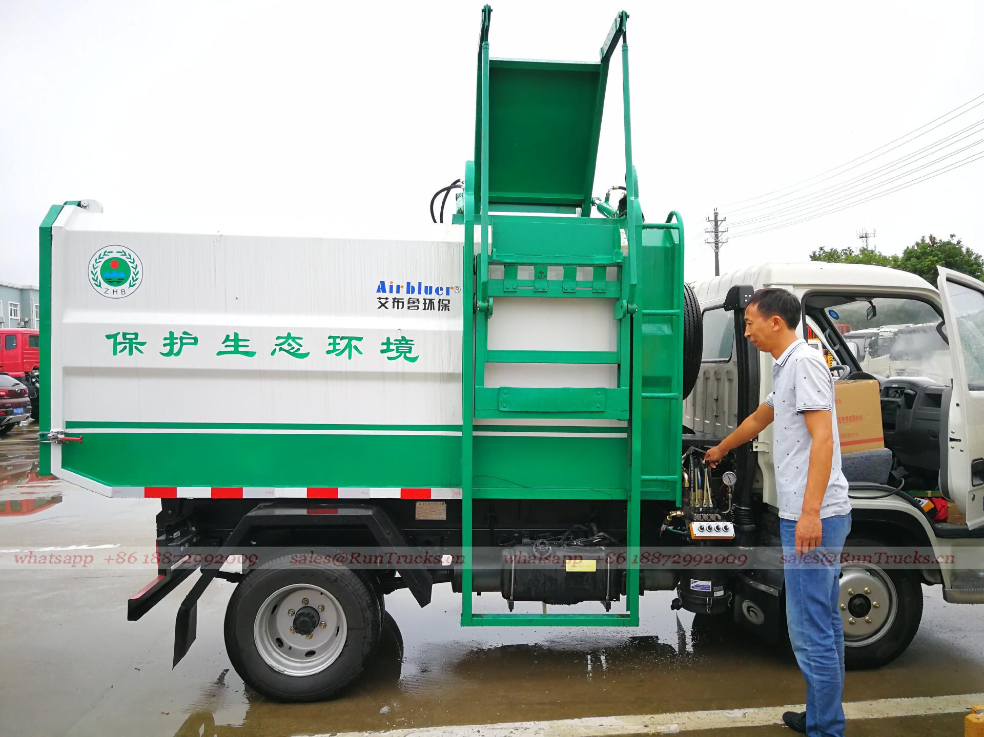 Cina Foton autocarro con sistema di sollevamento idraulico s