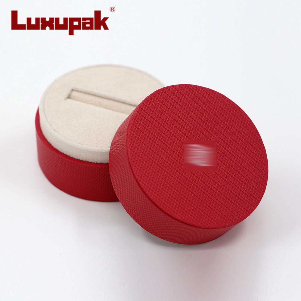 Red Round Ring Box S16502
