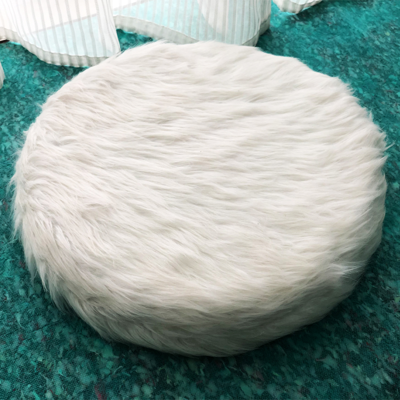 Pure foam round cushion with leather or plush cover