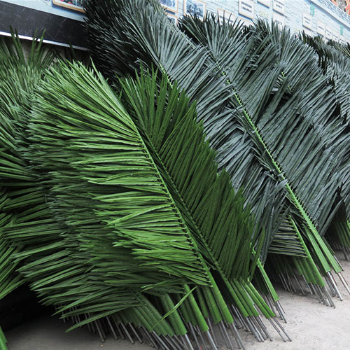 Factory direct sale artificial coconut leave for decorations