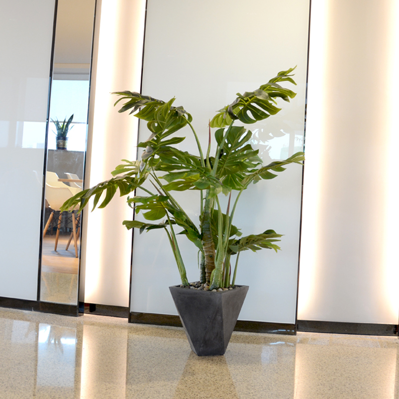 High quality Monstera artificial tree