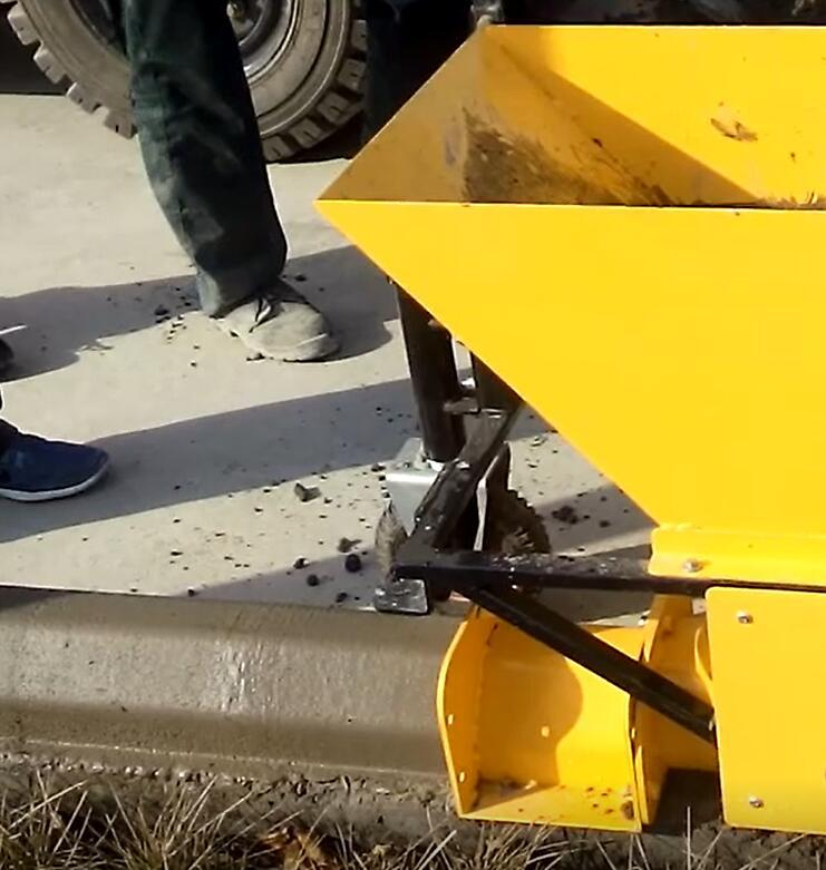 this mini road curbing machine is to make curb