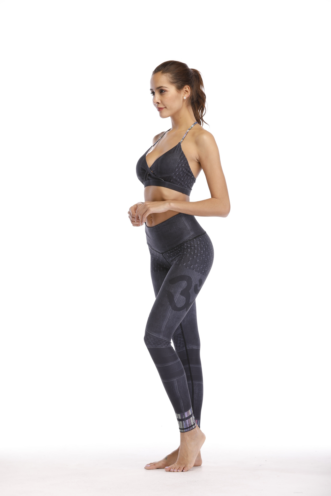 Printed Gym Wear Girls Yoga Bra And Pants With Strings