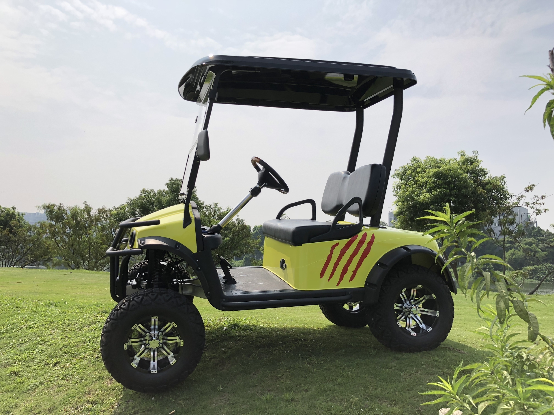 2 Seater Hunting Vehicle- Vehicle Model: RD-DL2AC+D