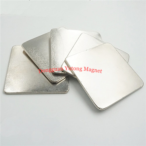 Electric Magnets 09