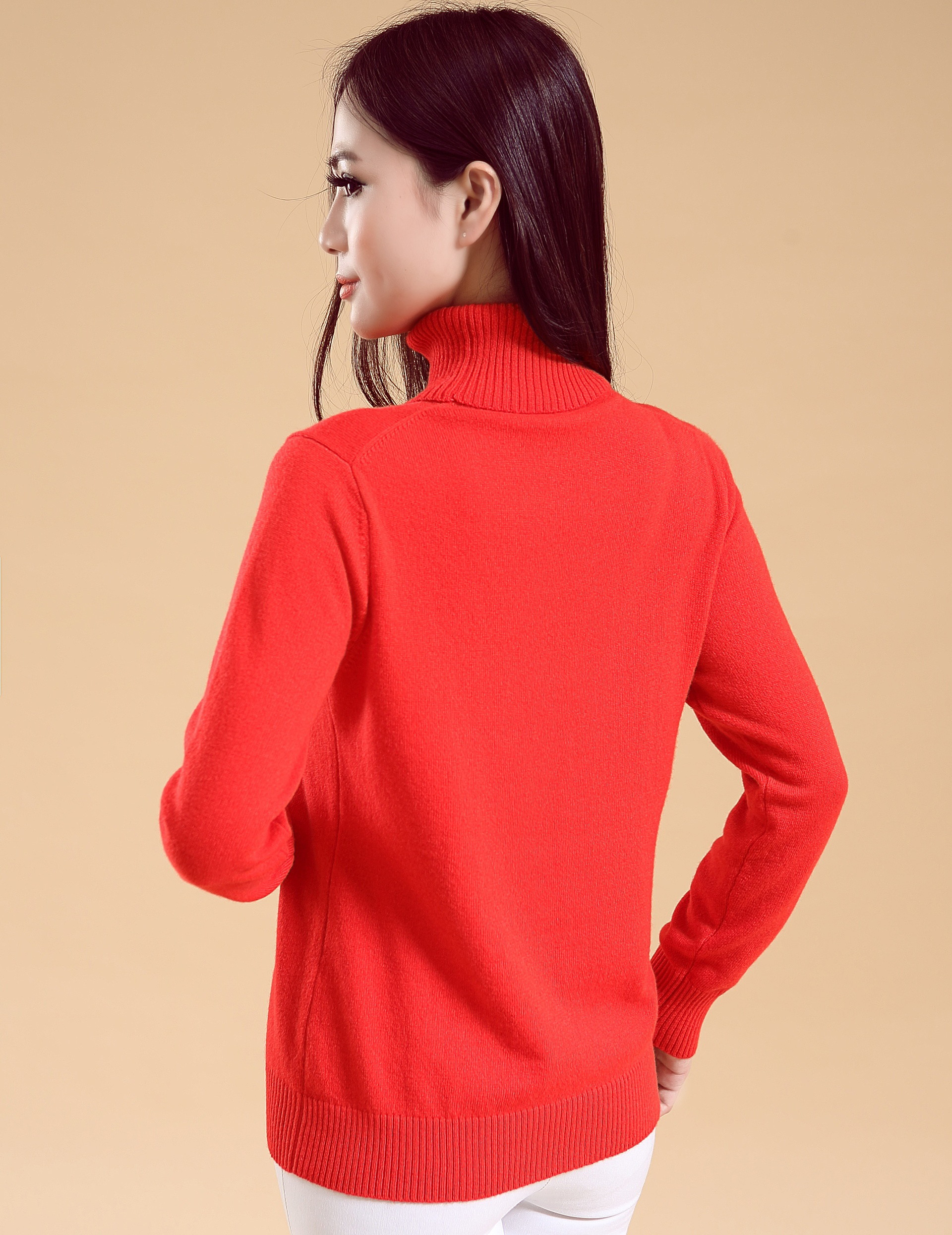 Comfortable Ladies turtle neck cashmere sweater