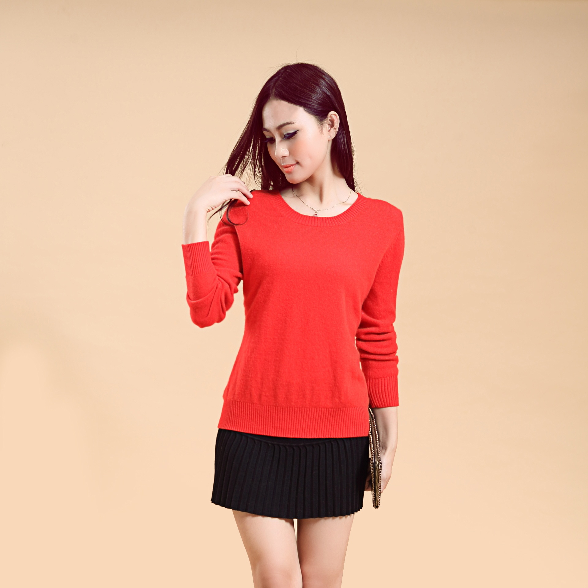 Women's Round neck long sleeves pullover sweater