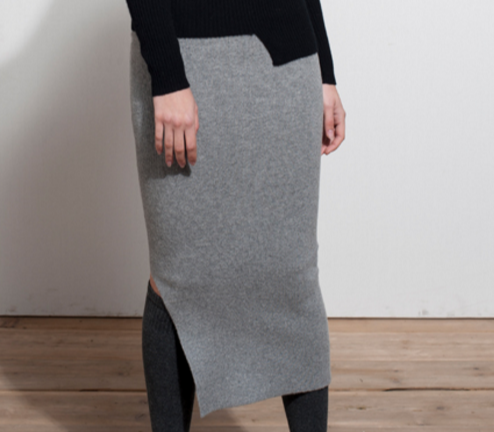 New stylish pure cashmere sweater Gluteal skirt for Winter