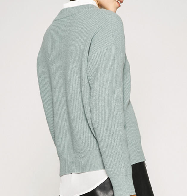 Loosely Short Style Wool Round Neck Pullover Sweater