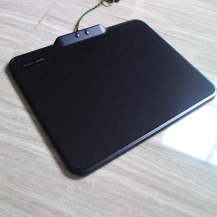 Ordinary glow mouse pad B