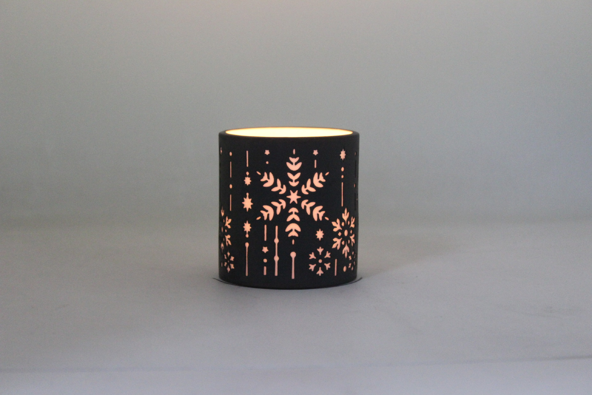 Porcelain Candle Holder PP17014B