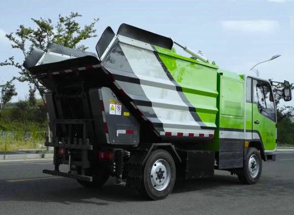 Electric garbage truck for Waste Collection with back loaded