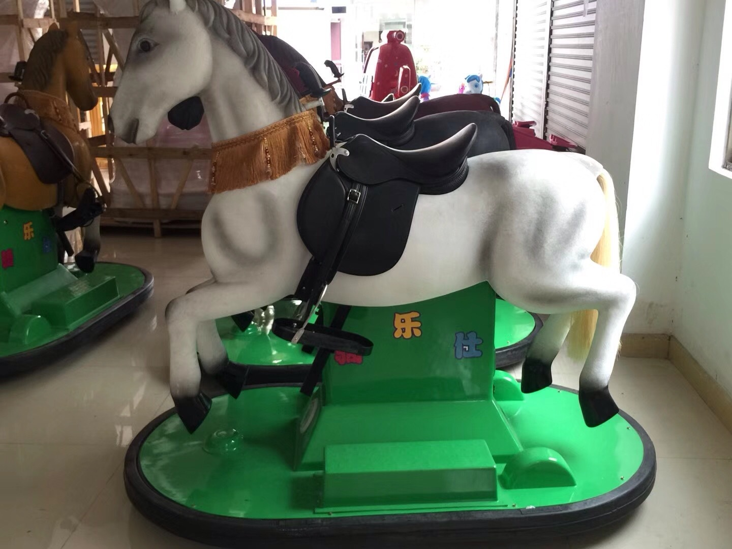 Battery racing horse