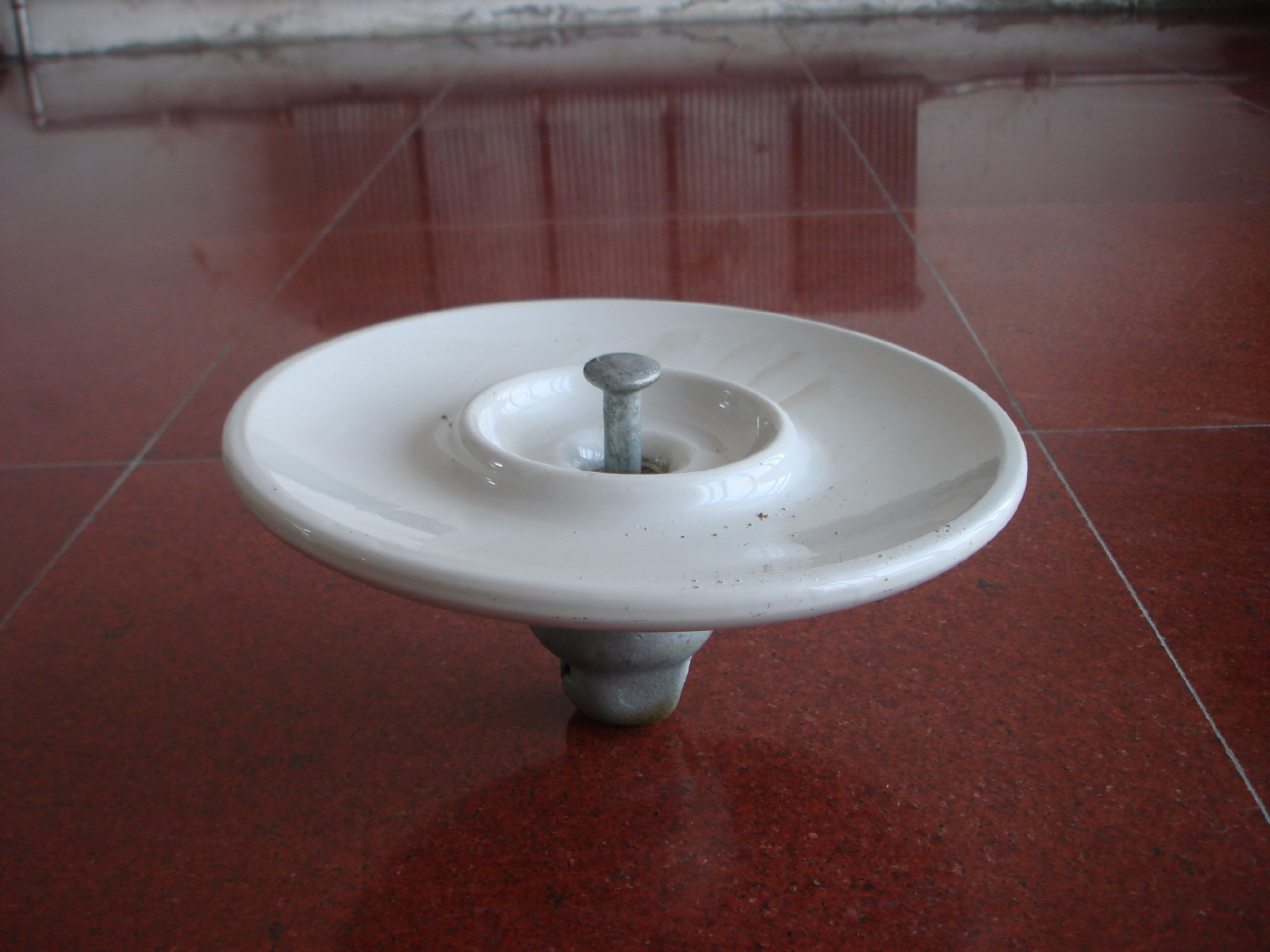 Anti-Pollution Suspension Porcelain Insulator (Fog Type XHP-