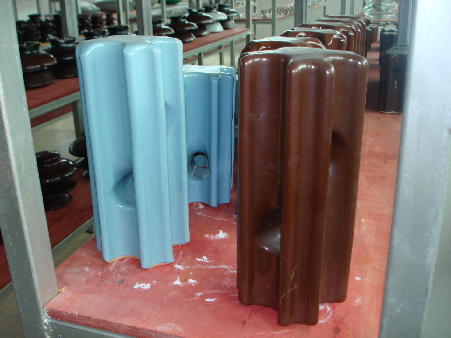 Porcelain Stay Insulators AS standard