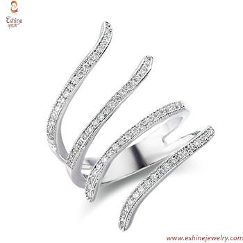 RI4114 - for lovers interlocking fingers style platimum tone