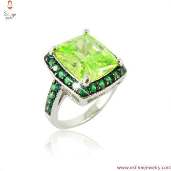 ST1818R -  fashion Square Peridot ring made of brass & CZ st