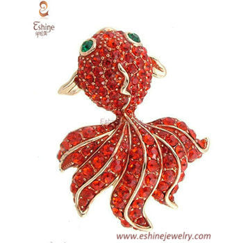 NAW084 - Goldfish brooch with orange crystals & 14K gold pla