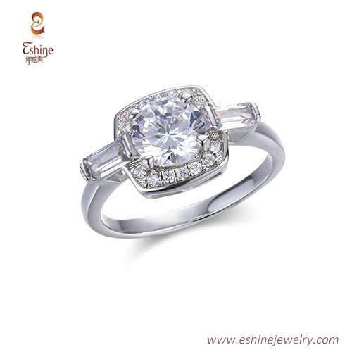 RI4224 -  White rhodium round sapphire ring with bagutter &