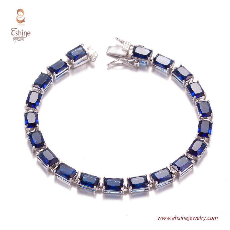 BR3436- bracelet with rectangle Sapphire cz & Rhodium platin