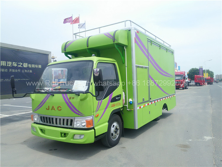 China JAC 120 horse power mobile food truck