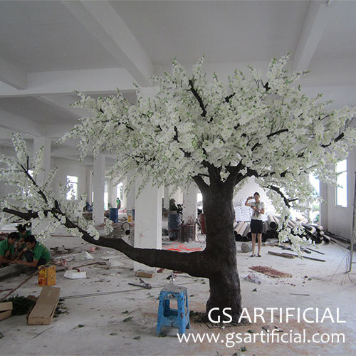 Artificial sakura tree cherry blossom tree fiberglass trunk