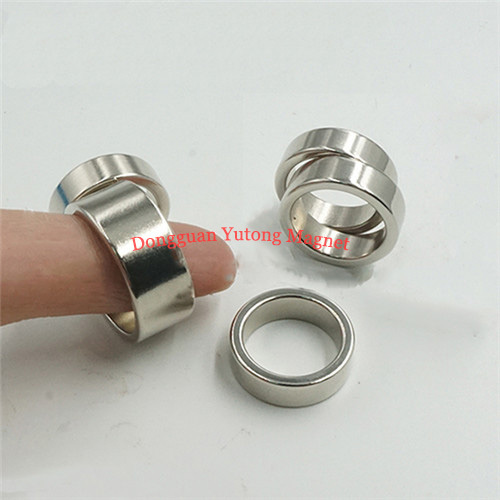 Electric Ring Magnets   N38 Neodymium  20*13*5 MM, Nickel (N