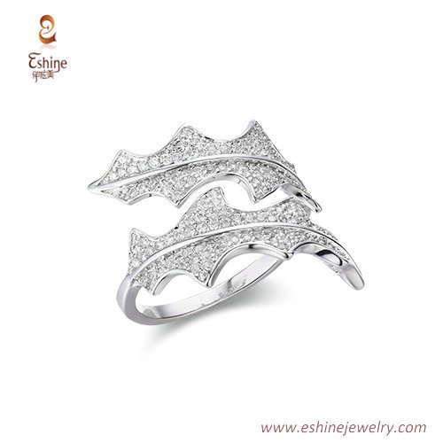 RI4212 - double leaf crossover white rhodium ring with micro