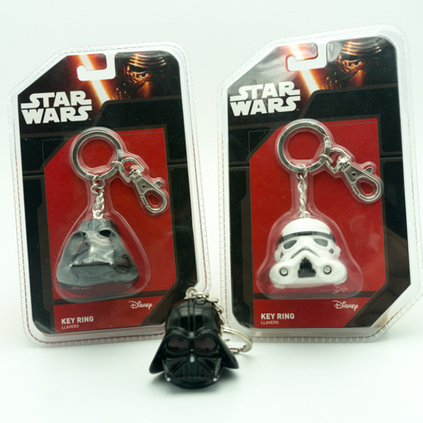 Custom Vinyl Toy Manufacturer Star Wars Helmet Keychain