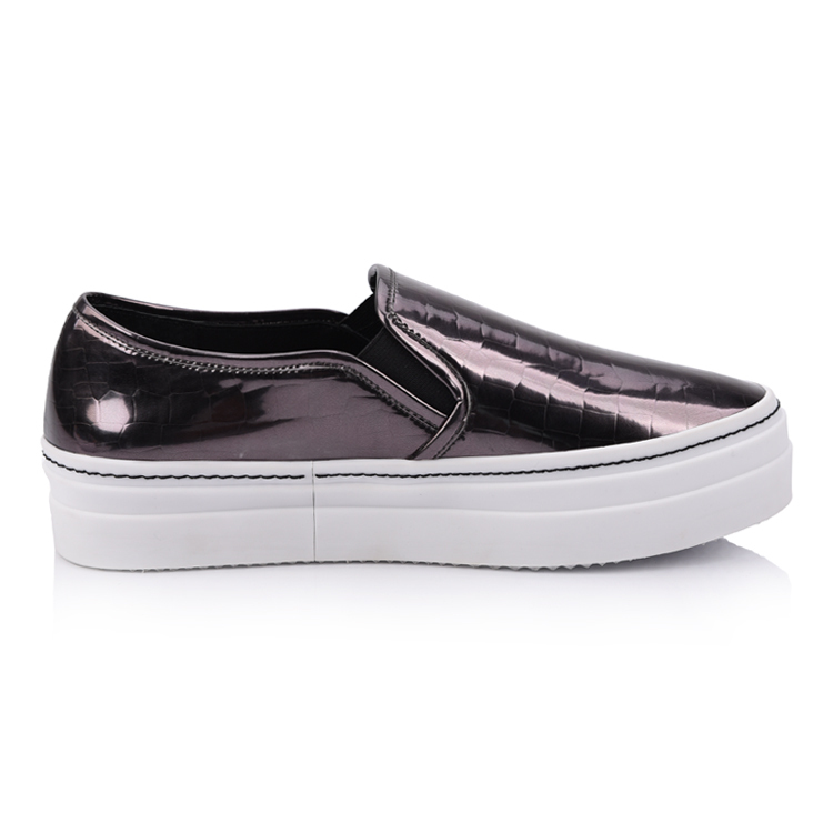 Leather slip on trainer women flat shoes suppliers china