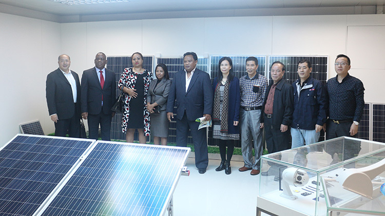 A Visit to The Headquarter of Jiuzhou Solar by The President