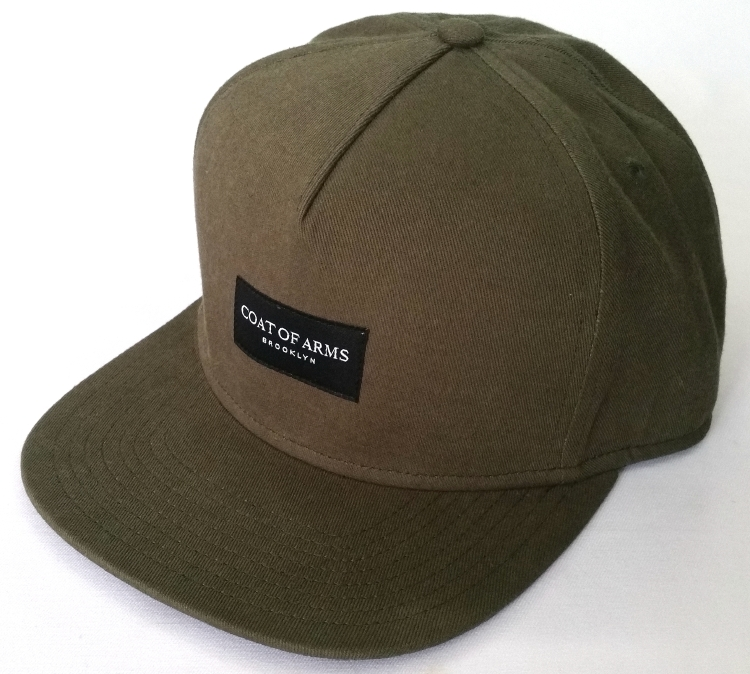 5 Panel snapback cap style with woven label          (CMC100