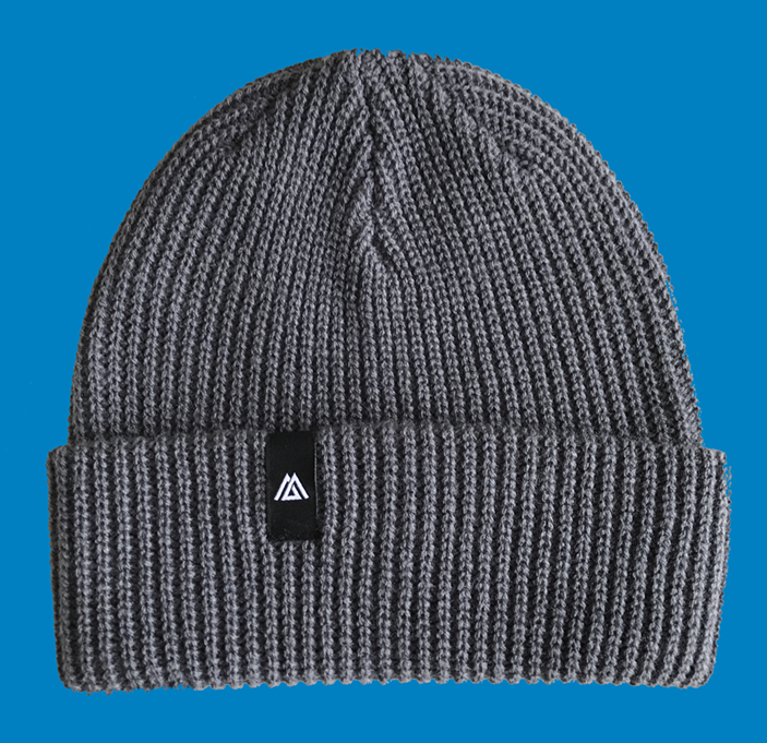 Beanie hat with woven label logo